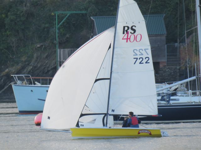 Dinghy racing 110418